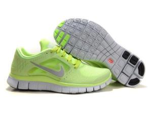Nike_Free_Run_3_Women_Running_Shoes_Neon_(2)